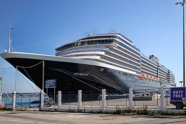 A fence is protecting the cruise port