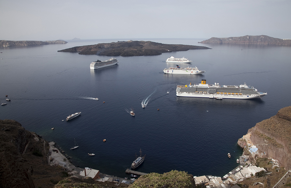 Port of Thira - Santorini