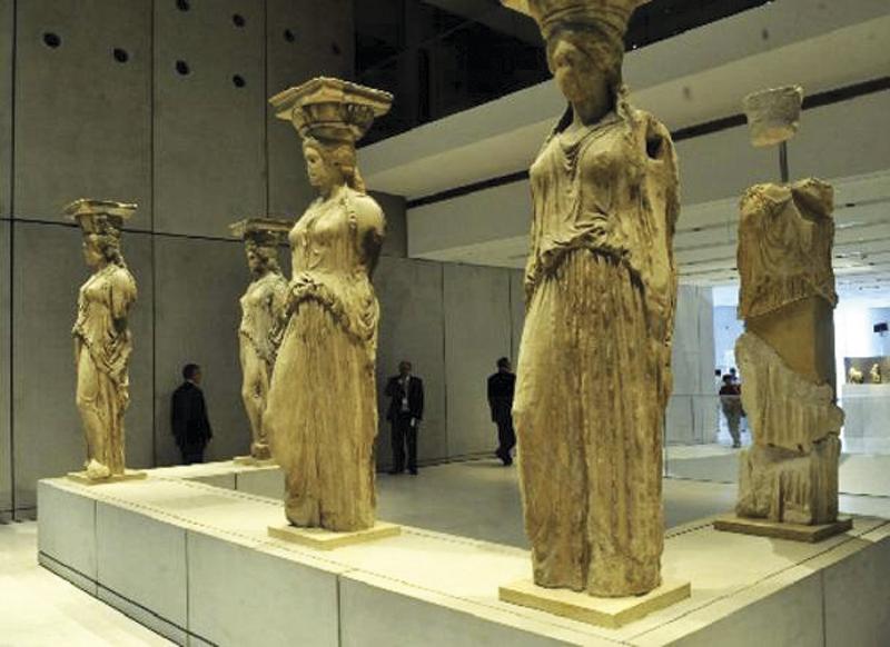 Karyatides Acropolis museum
