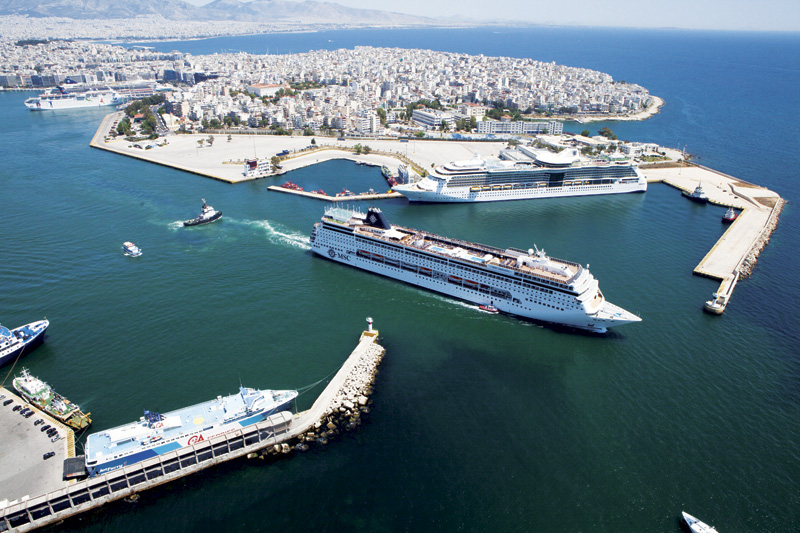 Piraeus entrance
