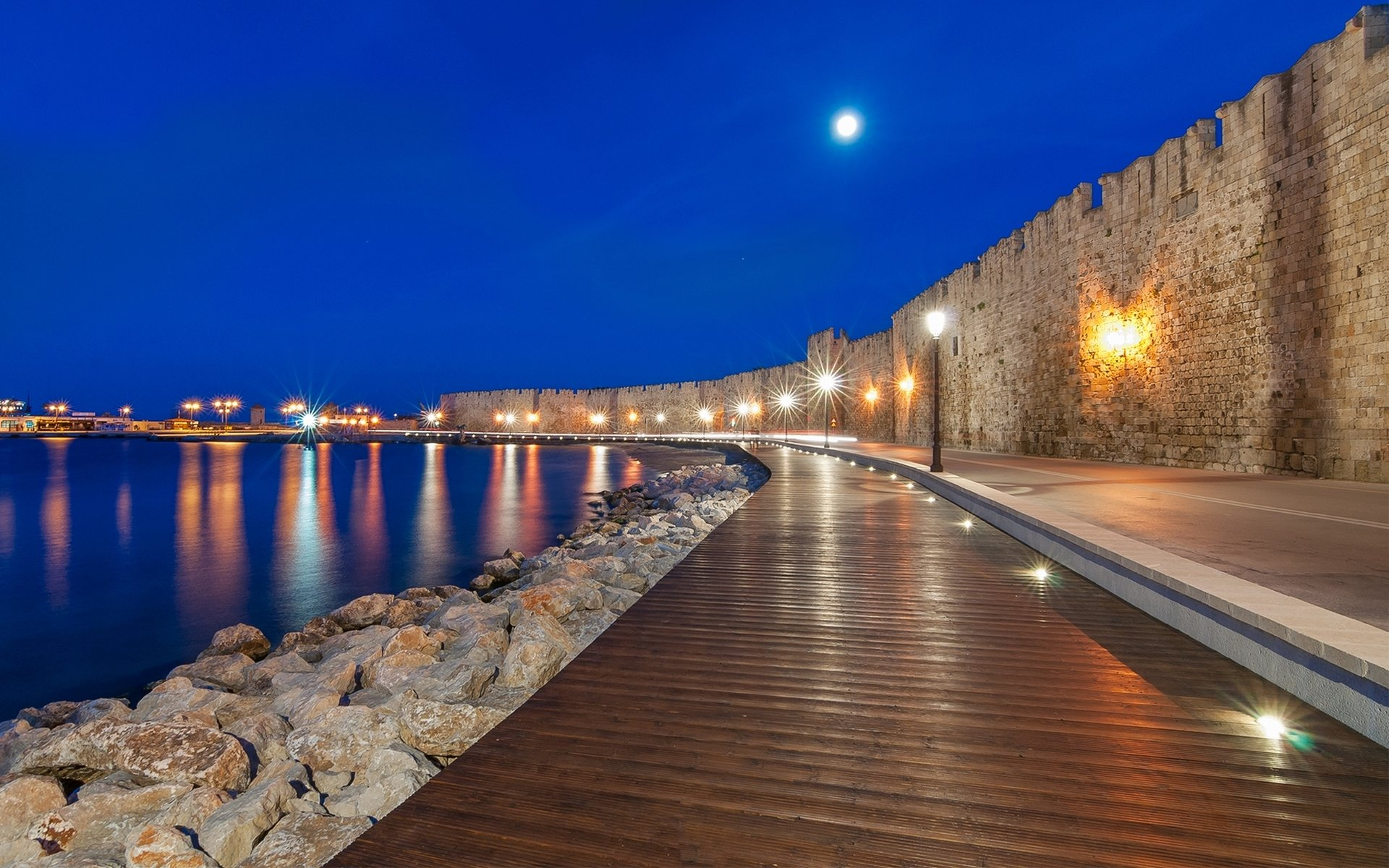 pedestrian street in the city of Rhodes